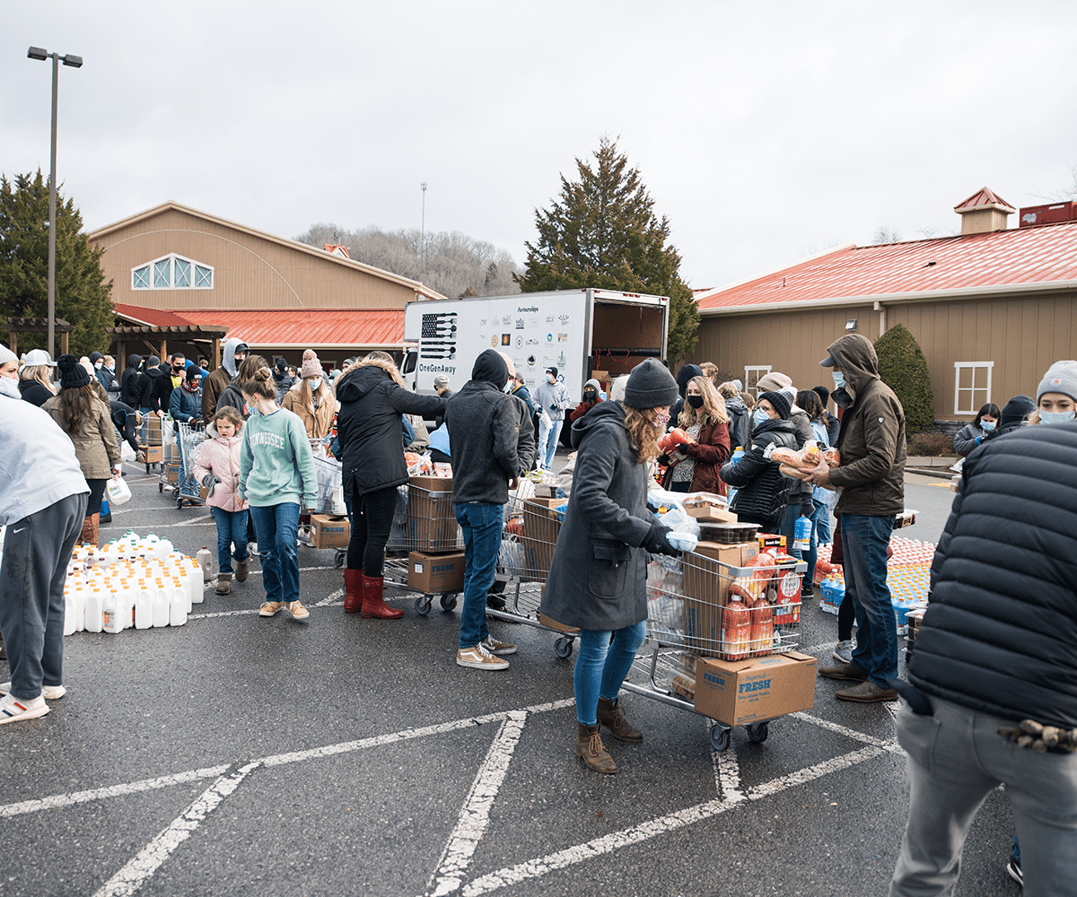 <b>GIVING</b><br> Through your giving, Grace Chapel has provided 434,000 meals for 5,100 families since COVID-19 began. Thank you for making a Kingdom impact.